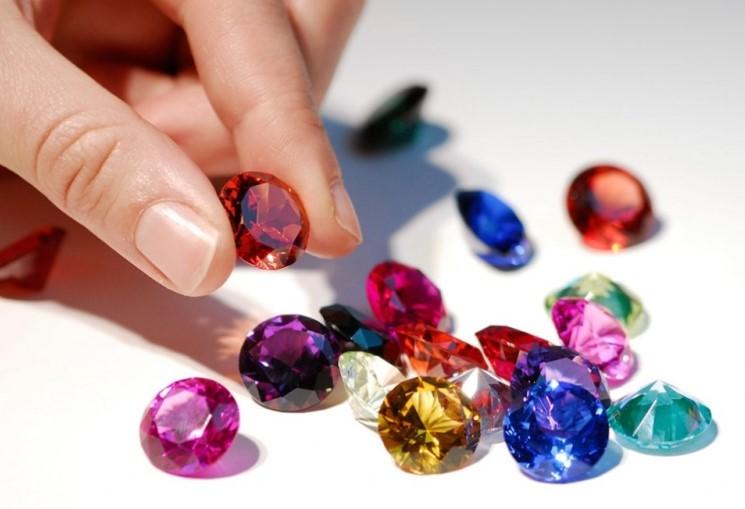 прием драгоценных камней