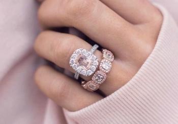 Покупаем золотые кольца