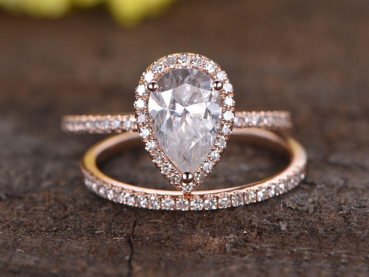 как исполнитель самое красивое обручальное кольцо в мире фото проявляя себя